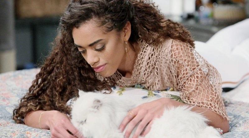 Bold and the Beautiful - Zoe (Kiara Barnes) and Harry the Cat (2)
