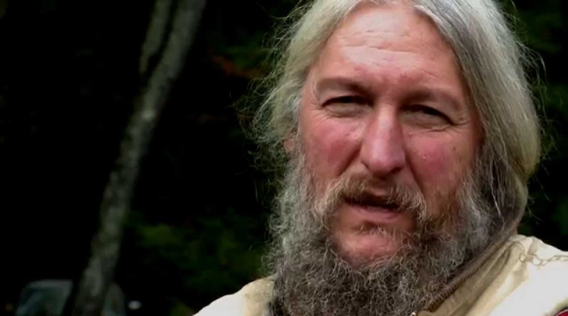 39 mountain men 39 s7 e2 recap preston roberts death hits eustace conway hard soap dirt. Black Bedroom Furniture Sets. Home Design Ideas