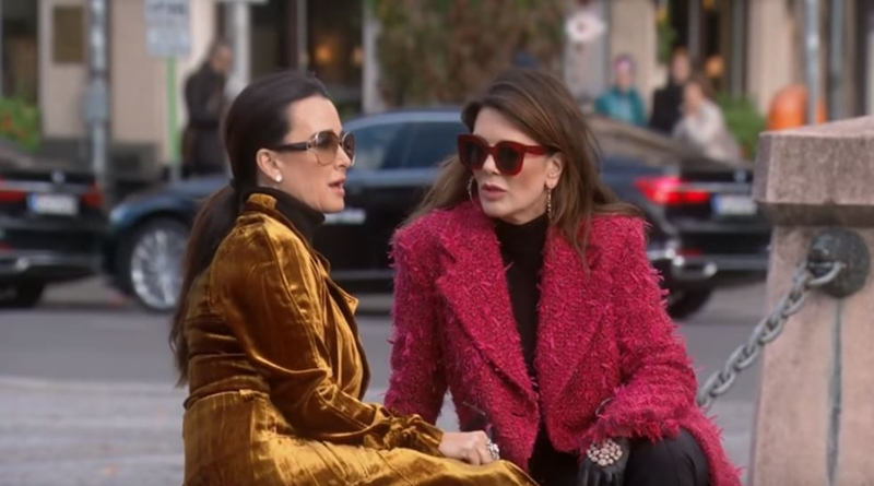 Real Housewives of Beverly Hills Kyle Richards Lisa Vanderpump