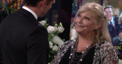 Young and the Restless - Traci Abbott (Beth Maitland) - Jack Abbott (Peter Bergman)