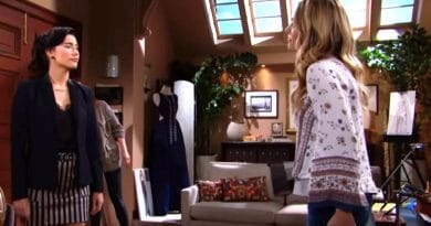 Bold and the Beautiful Spoilers: Steffy Forrester ( Jacqueline MacInnes Wood) - Hope Logan - (Annika Noelle)