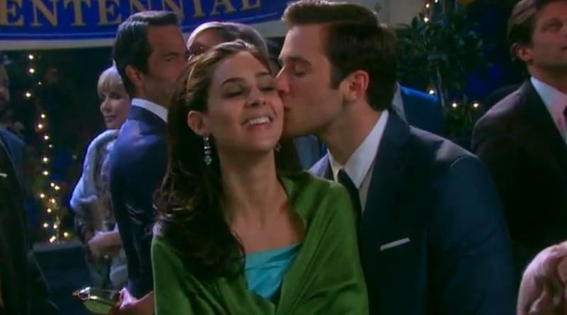 Days of Our Lives: Camila Banus (Gabi Hernandez) - Casey Moss (JJ Deveraux)