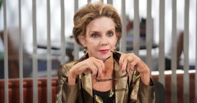 Young and the Restless: Gloria Bardwell (Judith Chapman)