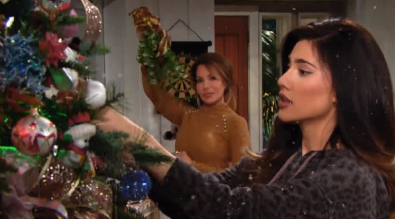 Bold and the Beautiful Spoilers: Steffy Forrester (Jacqueline MacInnes Wood) - Taylor Hayes (Hunter Tylo)