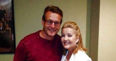 Young and the Restless: Nikki Newman (Melody Thomas Scott) - Paul Williams (Doug Davidson)