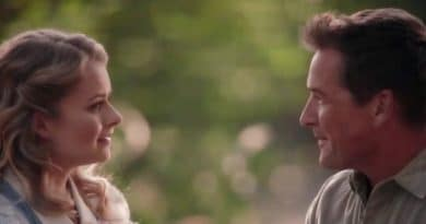 When Calls The Heart: Faith Carter (Andrea Brooks) - Carson Shepherd (Paul Greene)