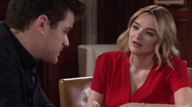 Young and the Restless Spoilers: Summer Newman (Hunter King) - Kyle Abbott (Michael Mealor)