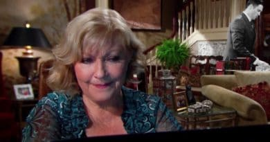 Young and the Restless: Traci Abbott (Beth Maitland)