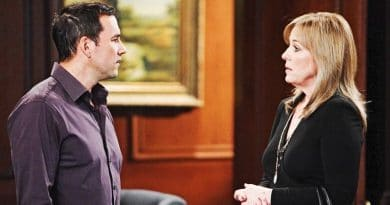 General Hospital Spoilers: Nikolas Cassadine (Tyler Christopher) - Laura Spencer (Genie Francis)