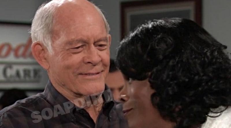 General Hospital Spoilers: Mike Corbin (Max Gail) - Yvonne Godfrey (Janet Hubert)