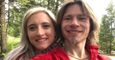 Alaskan Bush People: Bear Brown - Carly