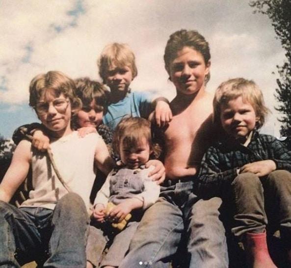 Alaskan Bush People: Matt Brown - Noah Brown - Gabe Brown - Bear Brown - Joshua Brown - SnowBird Brown