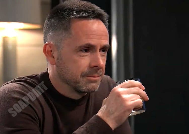 General Hospital Spoilers: Julian Jerome (William deVry)