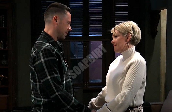 General Hospital Spoilers: Julian Jerome (William deVry) - Ava Jerome (Maura West)