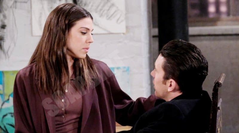 Days of our Lives: Abigail Deveraux (Kate Mansi) - Chad DiMera (Billy Flynn)