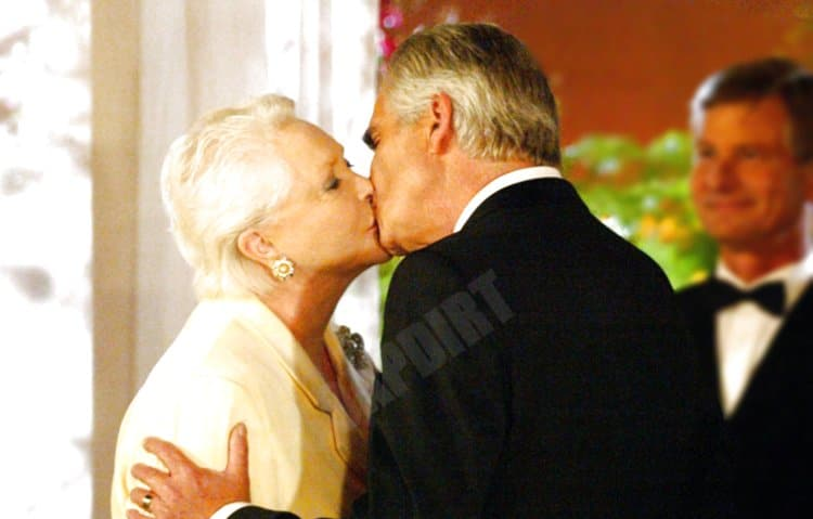 Bold and the Beautiful: Eric Forrester (John McCook) - Stephanie Forrester (Susan Flannery)