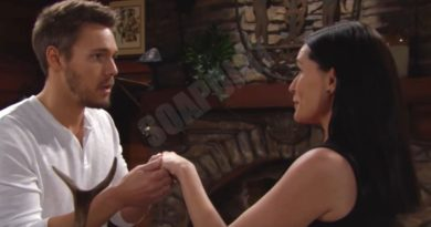 Bold and the Beautiful: Liam Spencer (Scott Clifton) - Quinn Fuller (Rena Sofer)