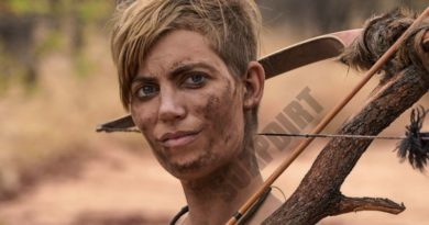 Naked and Afraid XL: Sarah Bartell - Season 6