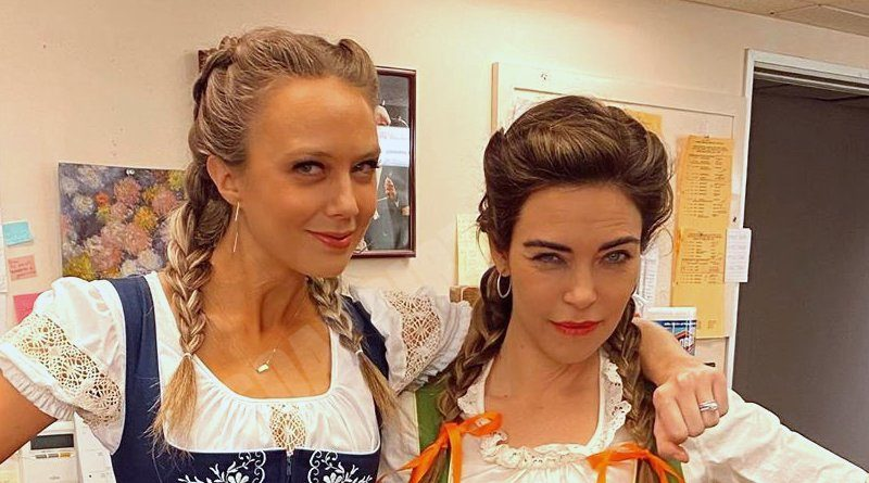 Young and the Restless: Abby Newman (Melissa Ordway) - Victoria Newman (Amelia Heinle)