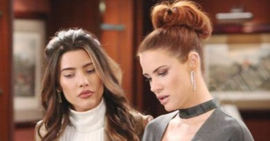 Bold and the Beautiful Comings Goings: Sally Spectra (Courtney Hope) - Steffy Forrester (Jacqueline MacInnes Wood)