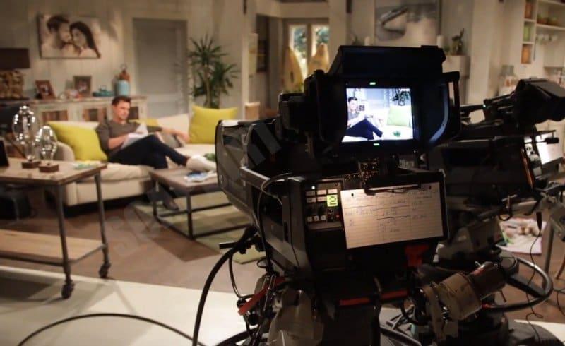 Bold and the Beautiful: Wyatt Spencer (Darin Brooks) on set