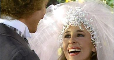 General Hospital: Luke Spencer (Anthony Geary) - Laura Spencer (Genie Francis)