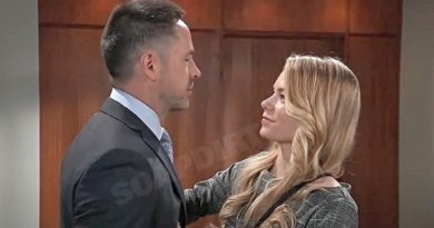 General Hospital: Nelle Hayes (Chloe Lanier) - Julian Jerome (William deVry)